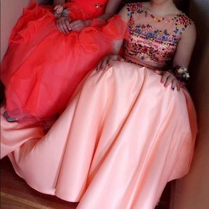 Beautiful coral floral prom dress!!